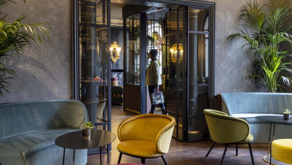 Victoria Palace Hotel Paris lobby