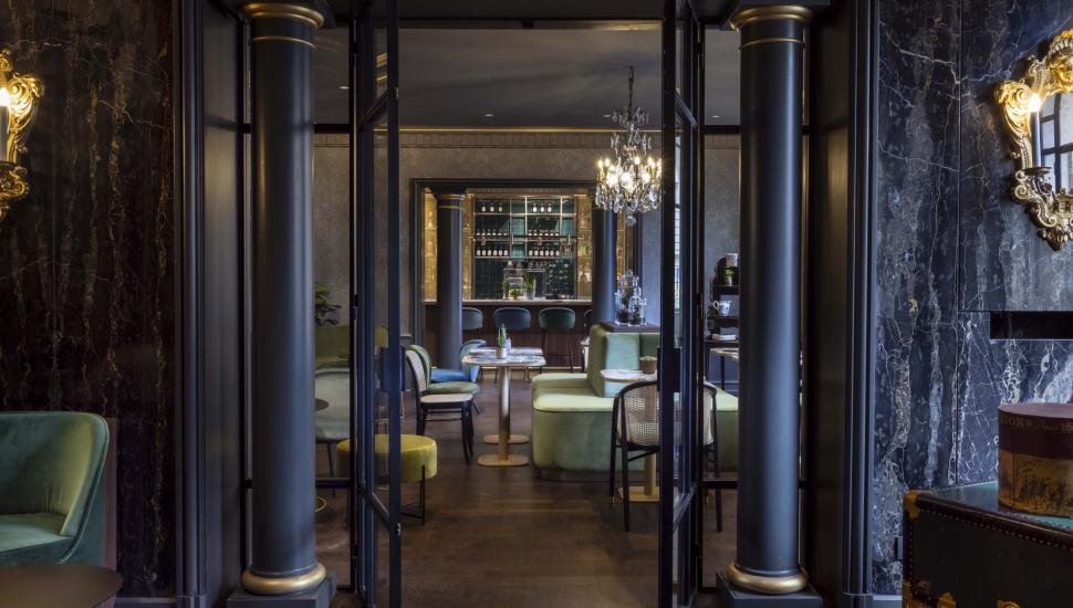 Victoria Palace Hotel Paris lounge james bar